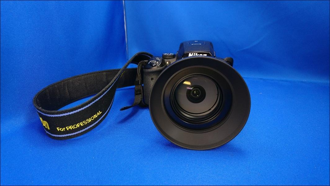 ニコン COOLPIX P900に レンズフードを装着