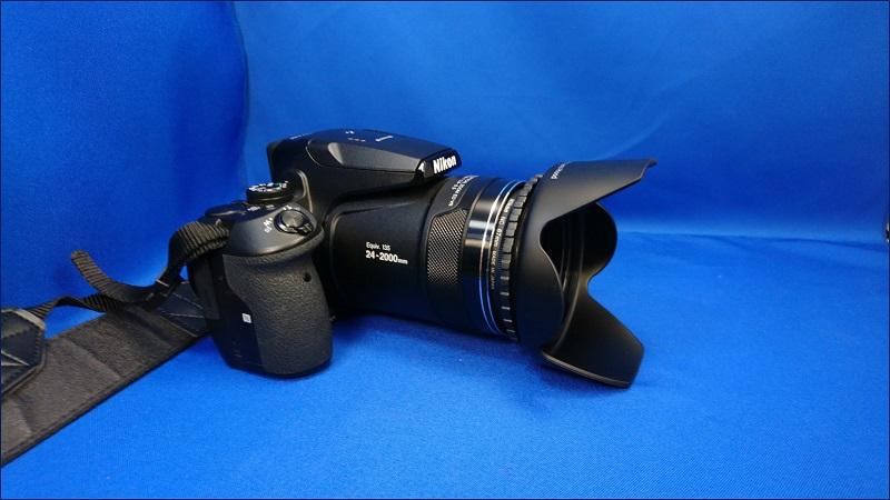 72mm 花形レンズフード を取り付けた状態